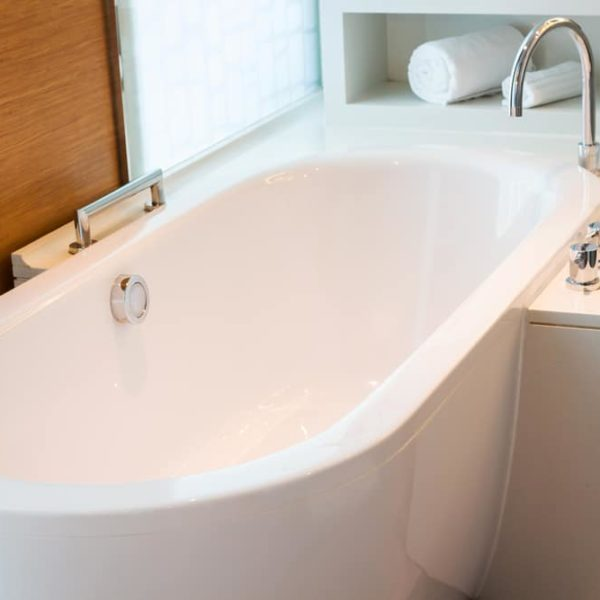 Standard Bathtub Sizes & Dimensions: Which Suits You Best?