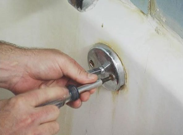 Easy Steps on How to Remove Flip-Lever Drain Stoppers