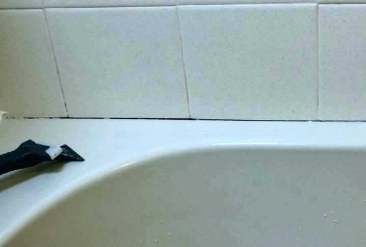 caulk bathtub