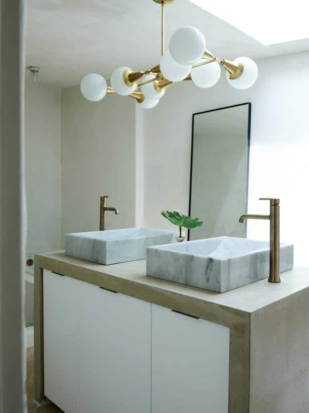 Use Contemporary Floating Sink