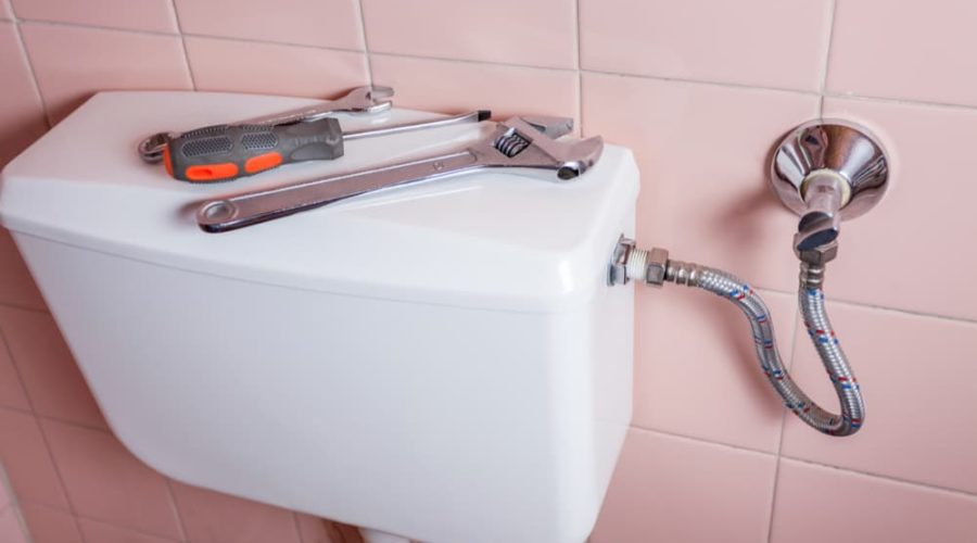 9 Simple Steps To Replace A Toilet Tank