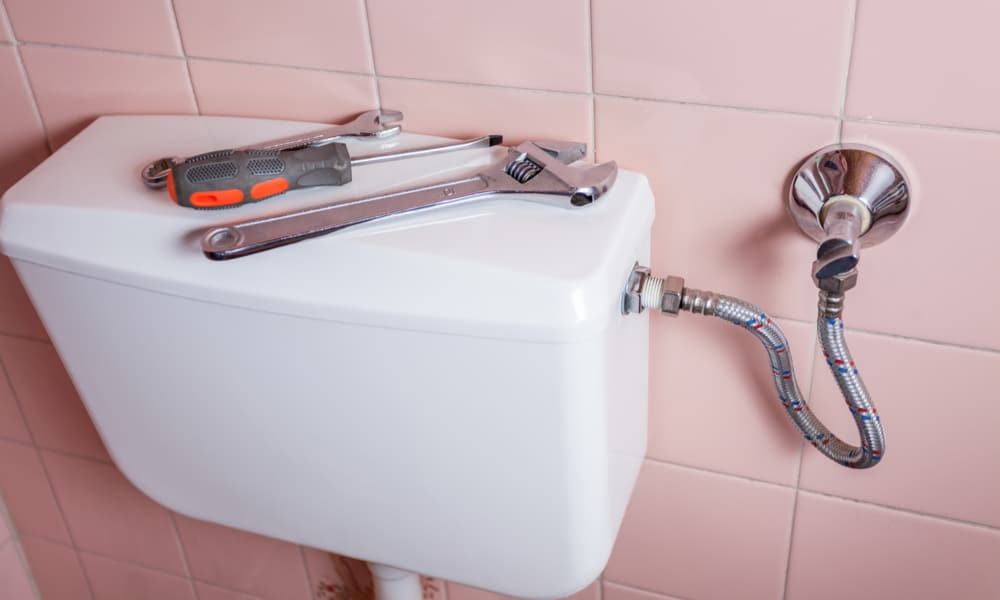 How To Replace A Toilet Tank Using Simple Diy Strategies