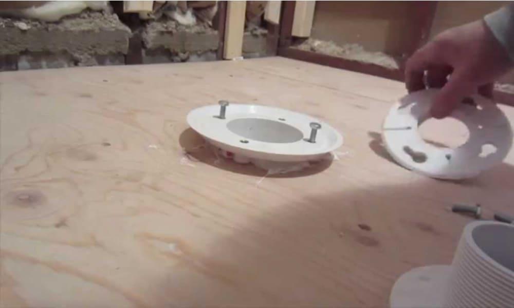 Install drainer and shower stepbeam
