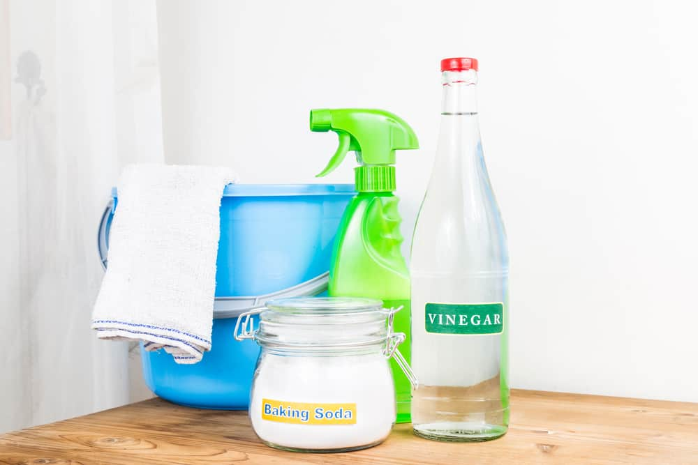 Mix your vinegar (or baking soda) with dishwashing liquid