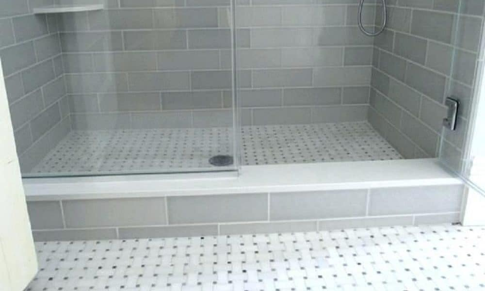 how to to Build a Shower Curb