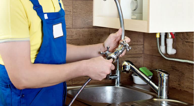 10 Easy Steps to Replace Kitchen Faucet