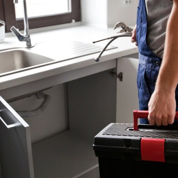 10 Easy Steps to Replace a Kitchen Sink