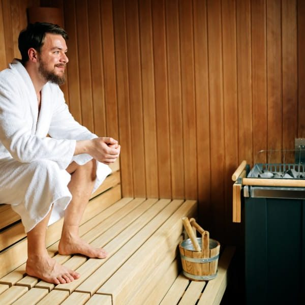 12 Tips to Use the Sauna Like Pro