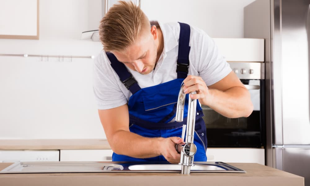 It Cost To Install A Kitchen Faucet, How Much Labor Does It Cost To Install A Kitchen Faucet