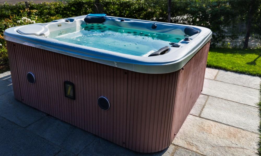 Hoeveel weegt een volle hot tub