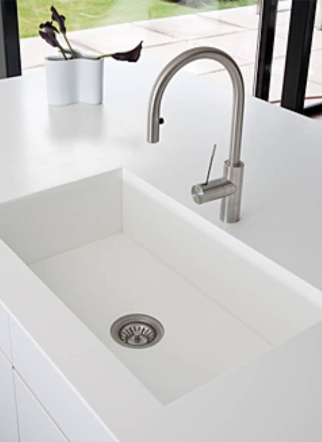 Kitchen Sinks Made of Solid Surface