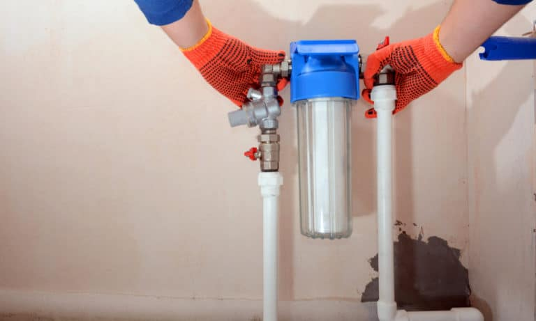 10 Benefits of Using a Charcoal Water Filter