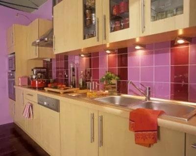 Unimaginably beautiful purple and pink backsplash tiles