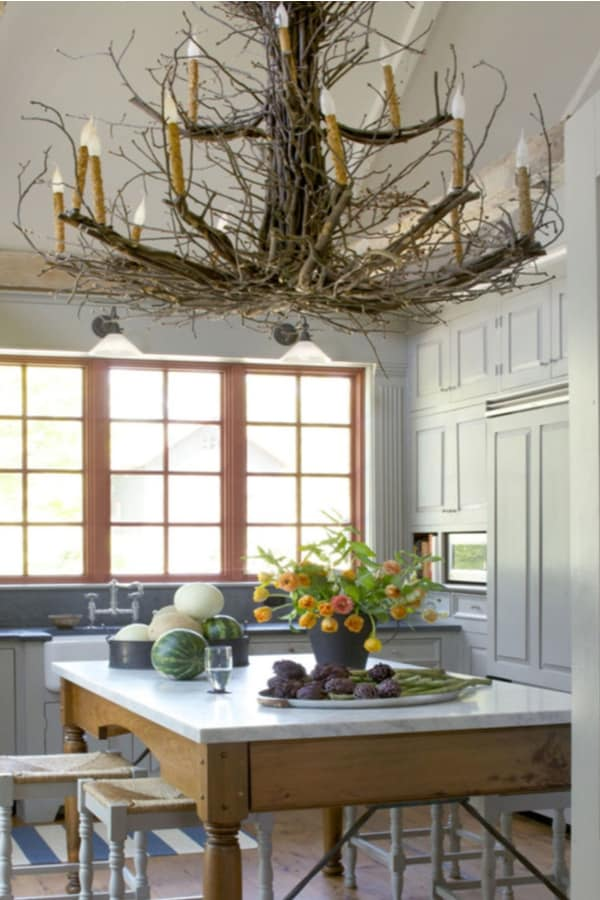 Use the tree to make kitchen lights