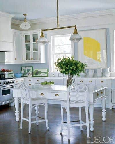White and Large small kitchen