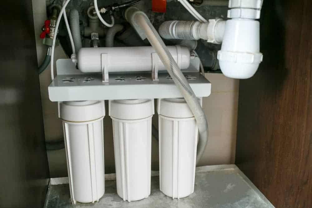 under sink water filter
