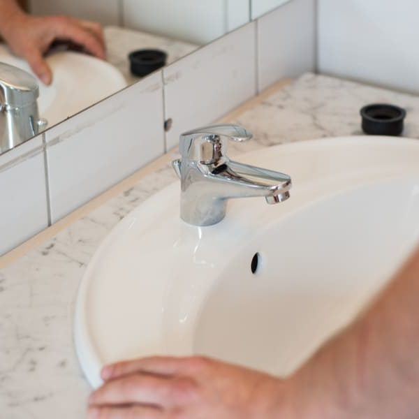 13 Easy Steps to Replace/Install a Bathroom Sink