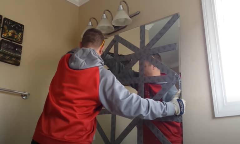 6 Easy Steps to Remove a Bathroom Mirror