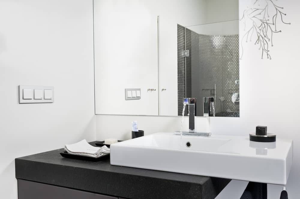Cantilever Sink