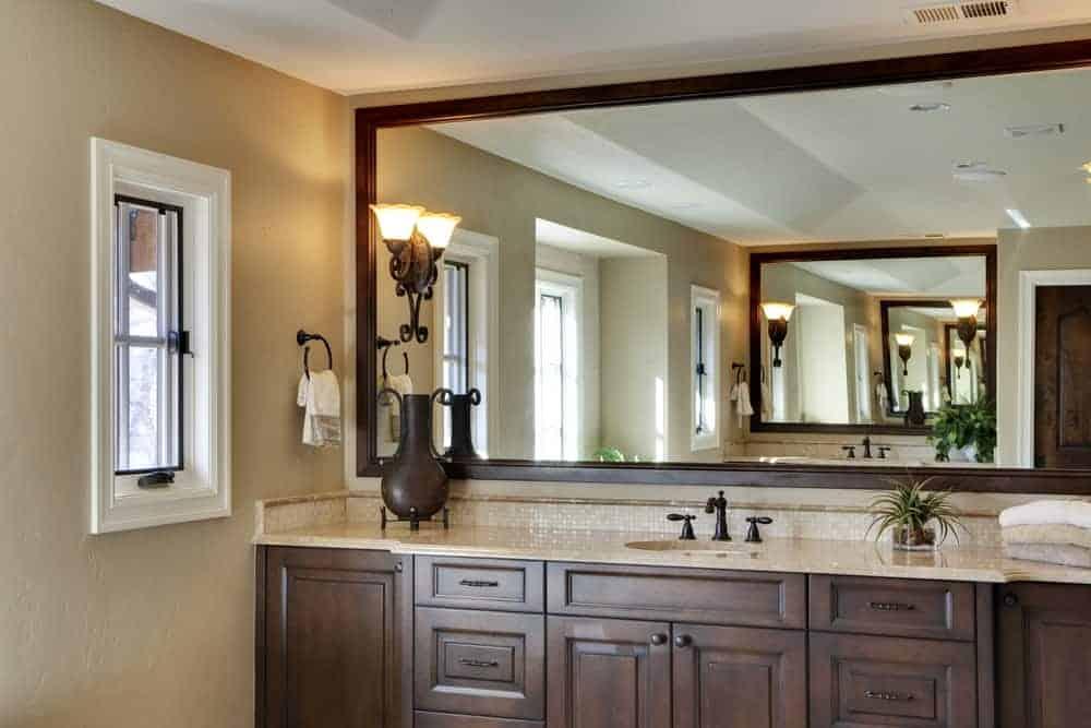 Mirror in Mirror Reflection
