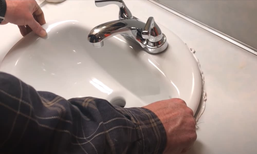 Put the sink in place
