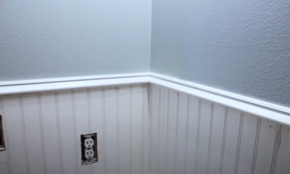 Redecorate Existing Wainscoting