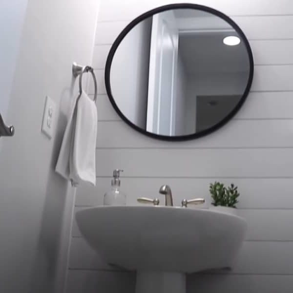 Shiplap in the Bathroom: Is It A Good Idea?