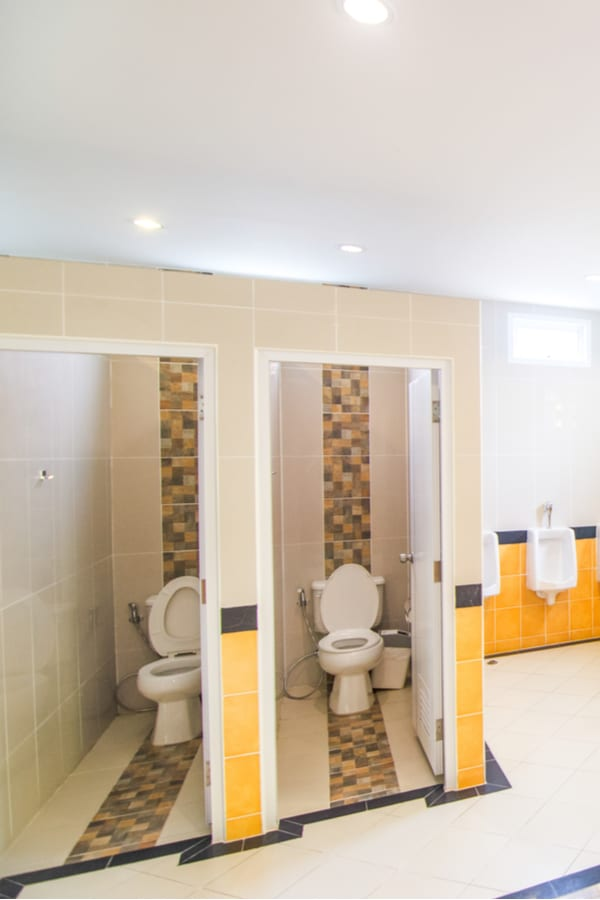 Standard bathroom stall dimensions