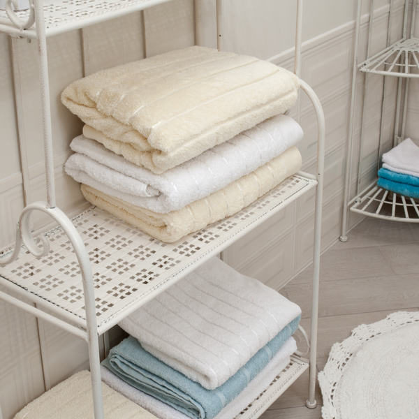 31 Bathroom Towel Storage Ideas – Towel Storage for Small Bathroom