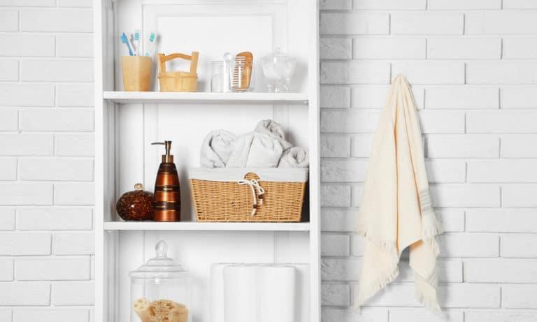 27 Homemade Bathroom Shelves Plans You Can DIY Easily
