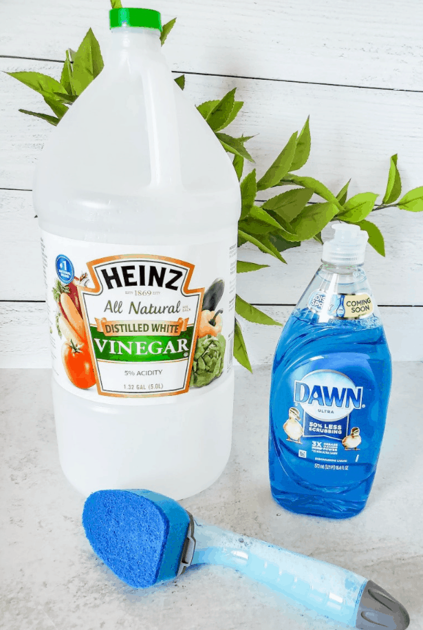 Best Homemade Shower Cleaner to Make It Sparkle
