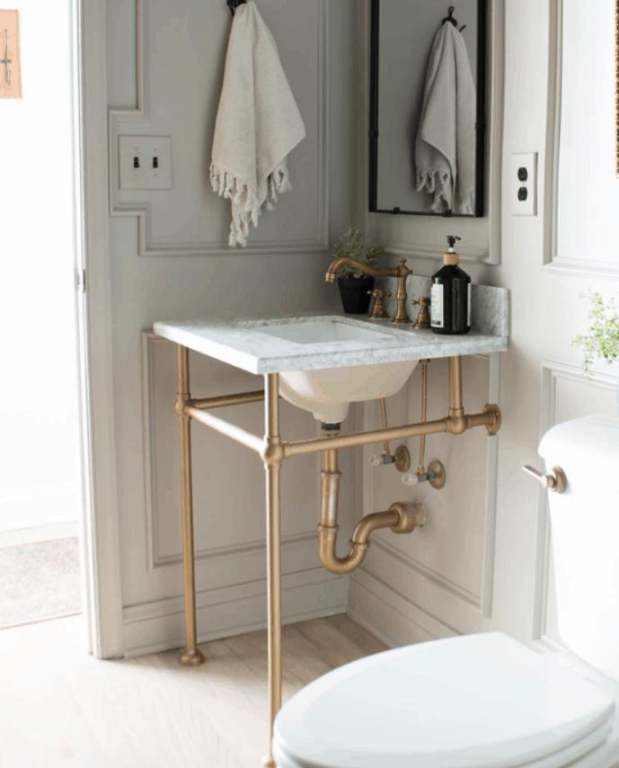 DIY Sink Stand