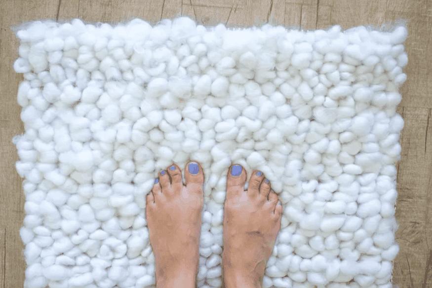 Make a DIY Bathroom Rug in 1 Hour or Less