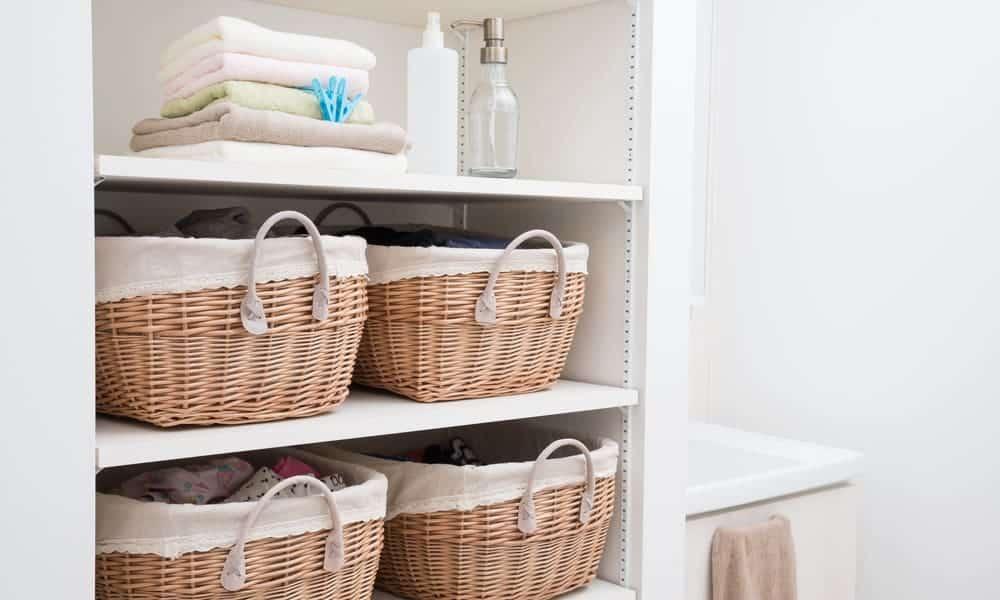 27 Homemade Bathroom Towel Storage Ideas You Can DIY Easily