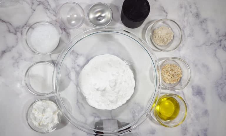 31 Homemade Oatmeal Bath Recipes You Can DIY Easily
