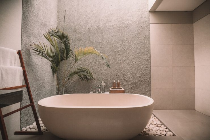 A Beginner's Guide to Building an Outdoor Bath – Plant Life Balance