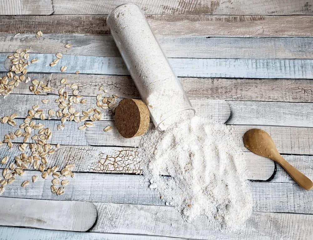 DIY Oatmeal + Coconut Bath Recipe