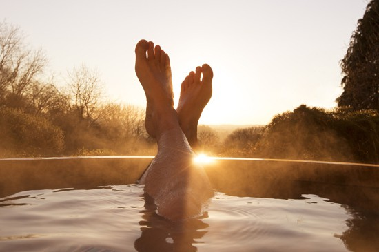 How to Build a One Person Hot Tub – MOTHER EARTH NEWS