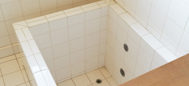 Japanese Soaking Tubs 101 – DoItYourself.com