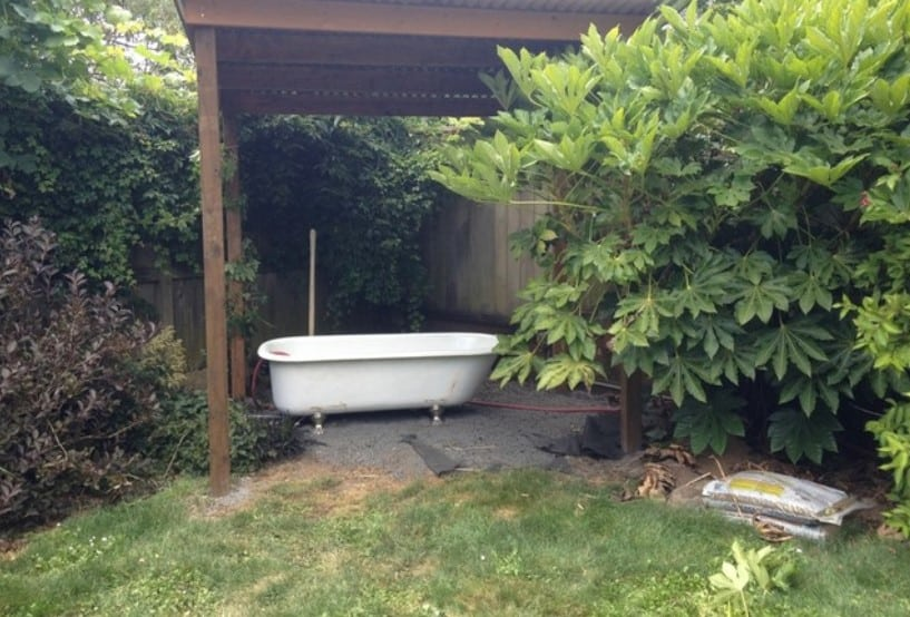 See a Soothing Backyard Bathhouse Born from a Salvaged Tub – Houzz.com