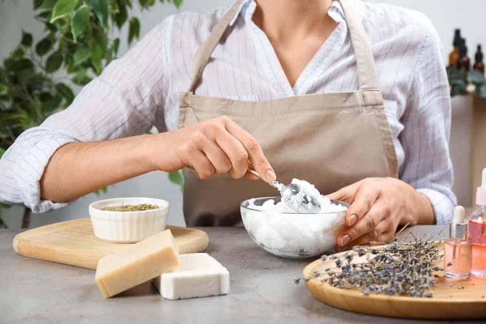 31 Homemade Bath Melt Recipes