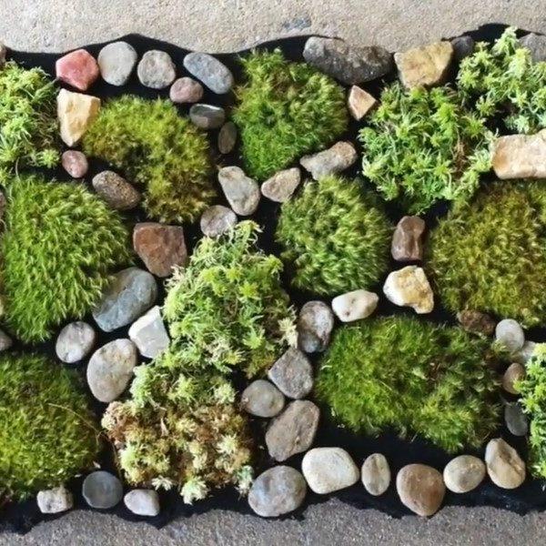 31 Homemade Moss Bath Mat Ideas You Can DIY Easily
