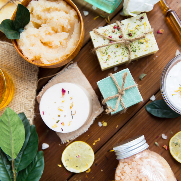 33 DIY Bath Products Ideas for Luxurious Home Spa