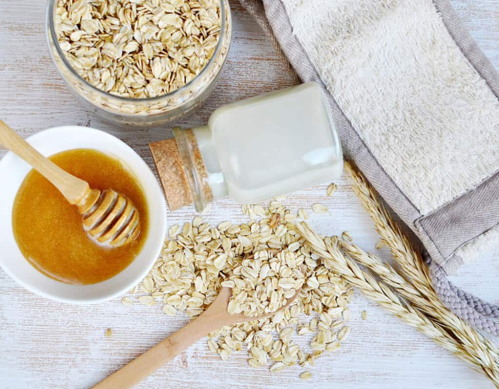 DIY Oatmeal + Milk + Honey Bath