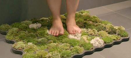 Green Beagle DIY Moss Bath Mat