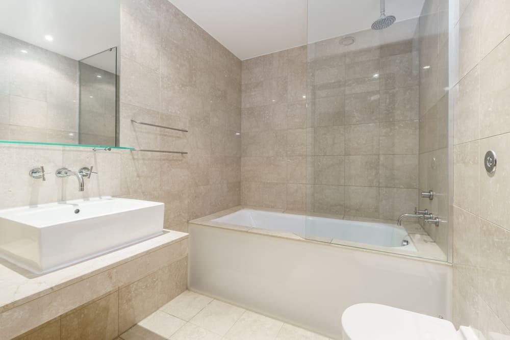 Minimum Comfort Bathing Size – Bathtub & Shower
